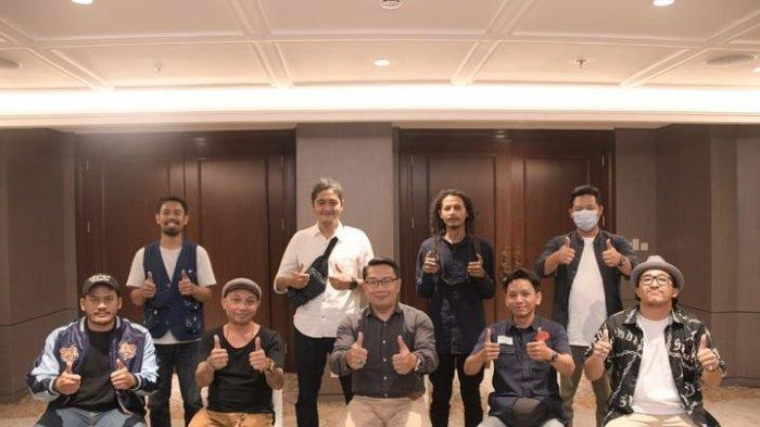 UMKM Terpuruk Karena Covid-19, Ridwan Kamil Bantu Promosikan Produk UMKM Lewat Medsos