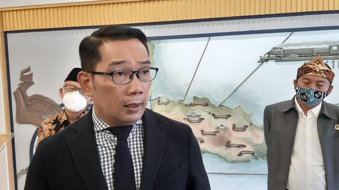 Gubernur Jawa Barat Ridwan Kamil di Hotel Savoy Homann Bandung, Selasa (17/11/2020).