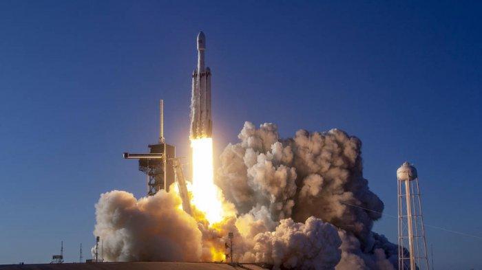 Apa Itu SpaceX, Perusahaan yang Disebut Akan Bangun Tempat Peluncuran Roket di Pulau Biak