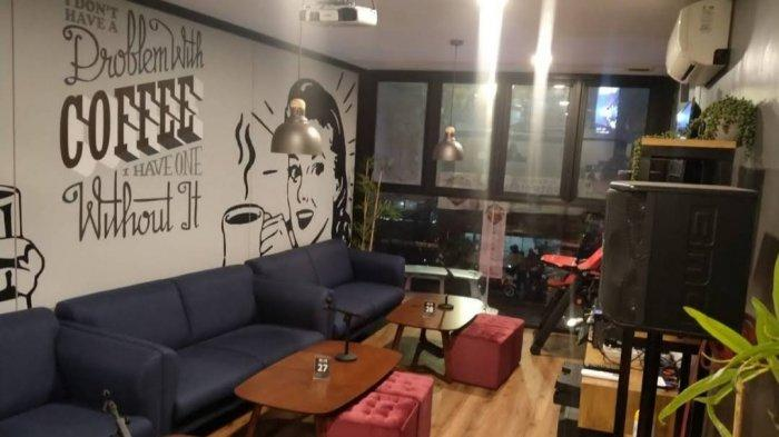 Non Kitchen & Coffee, Kafe Cozy Berdesain Klasik Modern yang Cocok untuk Milenial