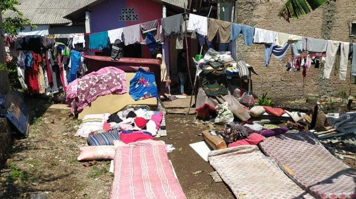 Angin Kencang Terjang Cianjur, Juariah Lari ke Kebun Pisang, Suami Luka Terkena Runtuhan Atap Rumah