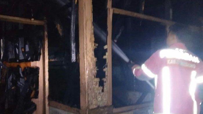 Sebuah Rumah di Buahdua Sumedang Terbakar Dinihari, Nenek Berusia 90 Tahun Tewas Tak Terselamatkan