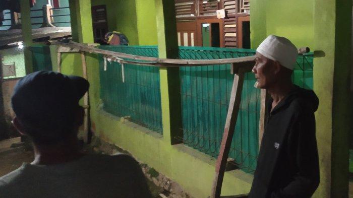 Rumah BS Diduga Teroris di Sukabumi Digeledah Densus, Warga Sebut Orang Baik, Tapi Ngga Gaul