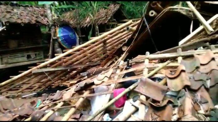 Diguyur Hujan Lebat 3 Hari Terakhir, 4 Rumah Warga di Ciamis Ambruk
