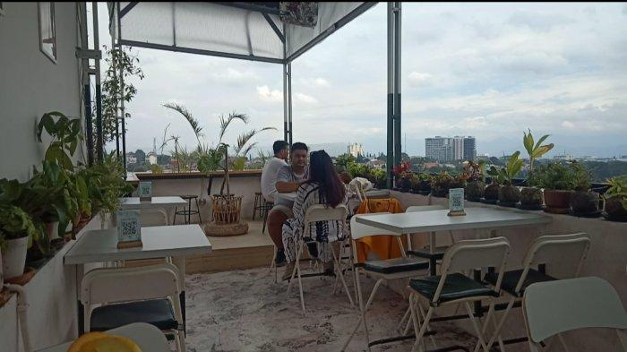 Ruv Bistro, Tempat Kuliner di Atas Rooftop, Menawarkan Keindahan Pemandangan Kota Bandung