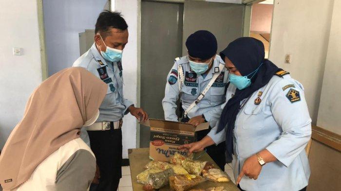 Petugas Lapas Garut Curiga Makanan Kiriman Didominasi Tulang Ayam, Dibelah Ternyata Isinya Sabu