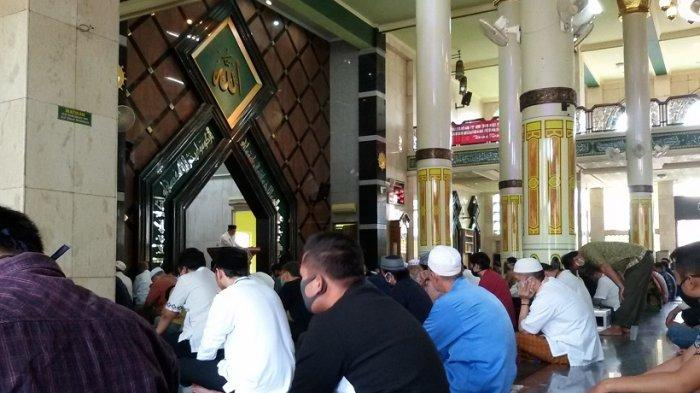 Masjid Agung Ciamis Tetap Gelar Salat Tarawih dan Salat Jumat, Biasa 23 Kini 11 Rakaat