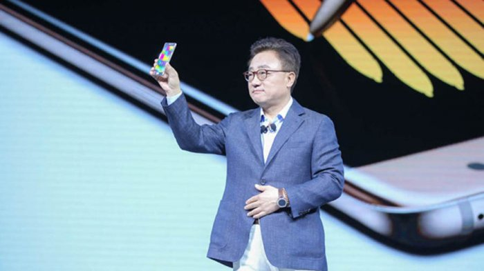 Samsung Siapkan Smartphone Lipat, Galaxy F