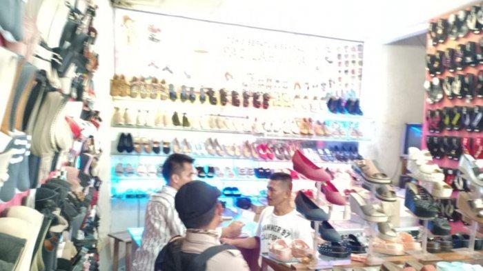 Polres Purwakarta Ungkap Penjualan Miras Berkedok Toko Sandal