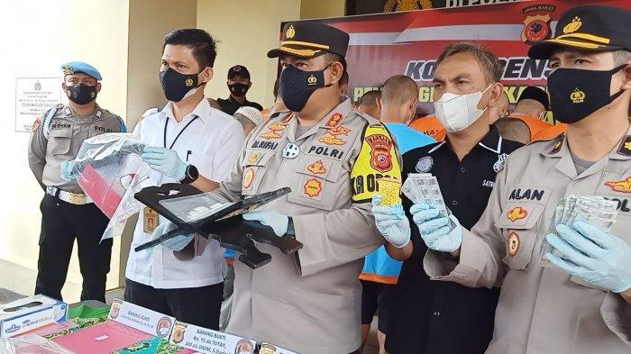 Kepala Desa di Cianjur Ditangkap saat Patungan Beli Sabu, Sementara Kepsek Diamankan saat Pesta Sabu