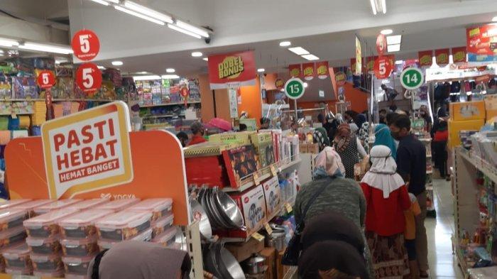 Pengunjung Membeludak, Pusat Perbelanjaan di Sumedang Dikenai Denda, Ini Besarannya
