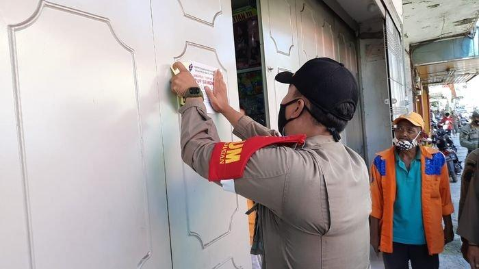 Toko Mainan Hingga Toko Pakaian Langsung Disegel Lantaran Nekat Buka Saat PPKM Darurat di Cirebon