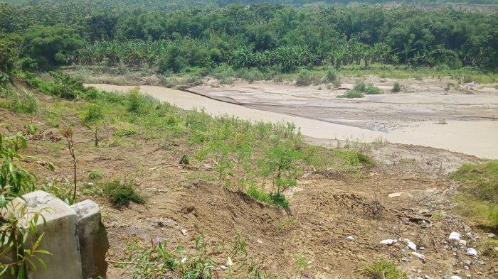 Satu Per Satu Rumah Warga di Cikawung Indramayu Lenyap Ditelan Sungai Cipanas, Begini Prosesnya