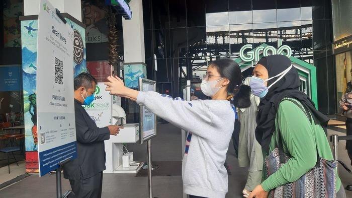 85 Orang Positif Covid-19 Ketahuan Mau Masuk Mal di Bandung, Langsung Ditolak Petugas