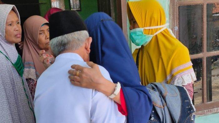Hilang Kontak 31 Tahun, Begini Perasaan Keluarga Saat Bertemu Kembali dengan Carmi
