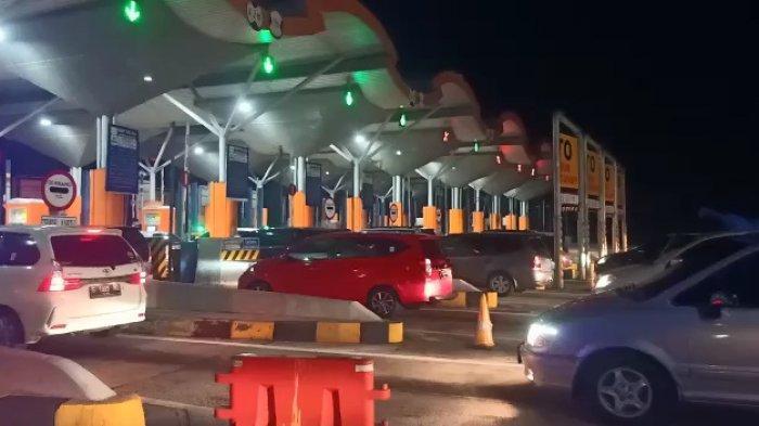 Arus Kendaraan Libur Panjang di GT Palimanan Tol Cipali, Kapolresta Cirebon: Aman dan Lancar