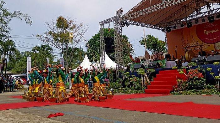 Acara Daya Matur Kesuwun Ngampura Jadi Ajang Promosi Kekayaan Budaya Kabupaten Indramayu