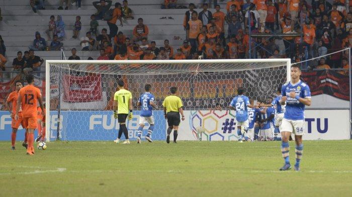 Video Gol Kemenangan Persib Bandung atas Borneo FC, Maung Bandung Kokoh di Puncak