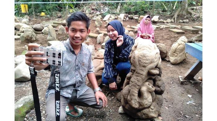 Temuan Patung-patung Batu yang Diduga Artefak di Tasikmalaya Jadi Obyek Selfi Wisatawan