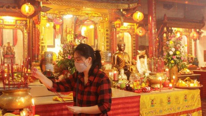 Sembahyang Perayaan Imlek di Cianjur Dilakukan Bergantian, Acara Barongsai Masih Dikaji