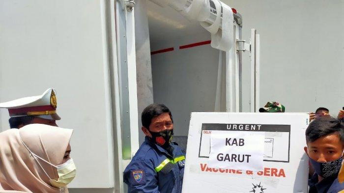 Sempat Terlambat, Vaksin Covid-19 Akhirnya Hari Ini Tiba di Kabupaten Garut, Dapat 12.200 Dosis