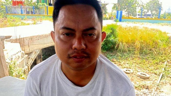 Kisah Guru Honorer di Indramayu, Asuh Anak Didik dari Gaji Mengajar, Kini Muridnya Sudah Sukses