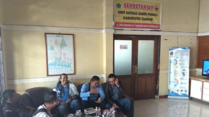 Seorang Kades di Cianjur Diperiksa Langsung oleh Kajari, Sudah 2 Jam di Ruang Satgas Saber Pungli