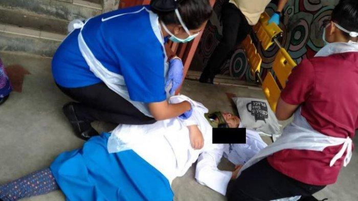 GADIS CANTIK Terkapar di Halaman Sekolah, Dihajar Dua Temannya, Ibu Korban: Anak Diinjak dan Dipukul