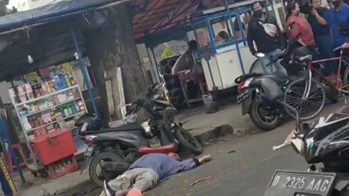 Pemotor Tiba-tiba Jatuh Tergeletak di Depan RS Immanuel, Baru Ditolong Setelah Polisi Datang