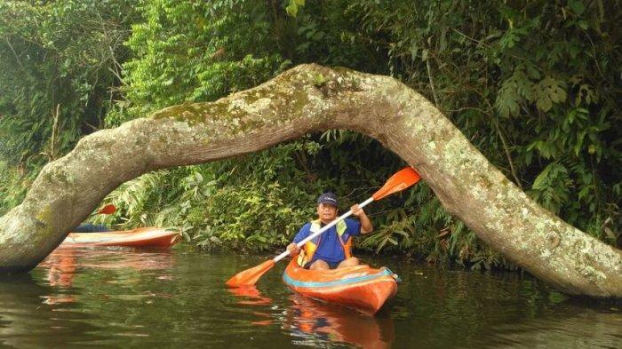 Serasa di Hutan Amazon, Main Kayak di Situ Panjalu Kabupaten Ciamis c