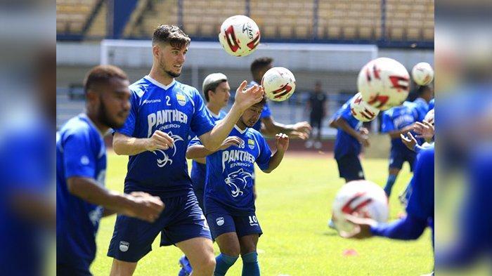 Daftar Nomor Punggung Pemain Persib Bandung di Liga 1 2020, Zalnando dan Esteban Mengalah