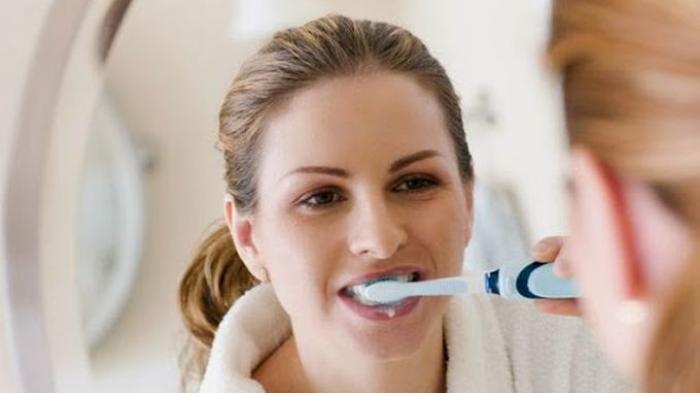 Betulkah Rajin Sikat Gigi Bisa Cegah Covid-19? Ini Penjelasan Ahli