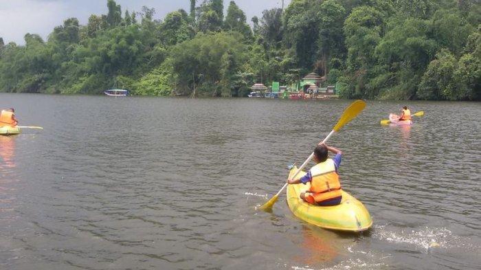 Situ Panjalu, Perpaduan Keindahan Alam dan Budaya Tradisi, Kini Hadirkan Sensasi Main Kayak