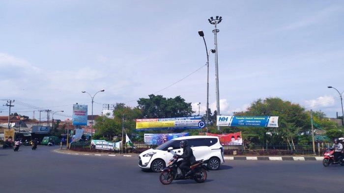 H-1 Lebaran Bunderan Cibiru Kota Bandung Lengang, Arus Mudik ke Arah Cileunyi Sepi