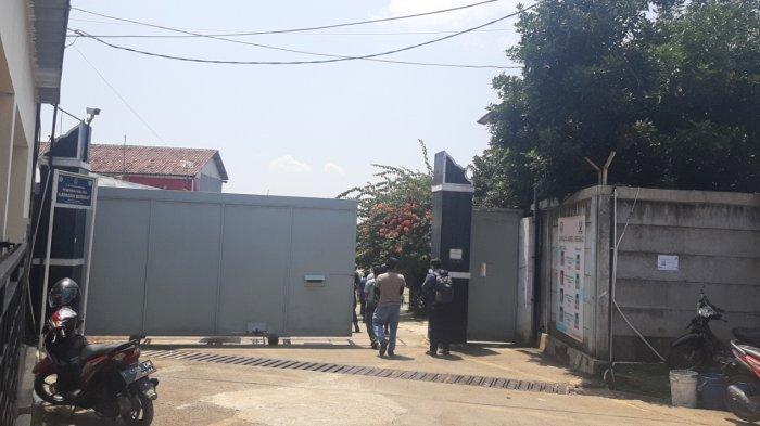Belasan Pekerja Pabrik Sepatu di Purwakarta Terpapar Covid-19, Perusahaan Masih Lakukan Operasional