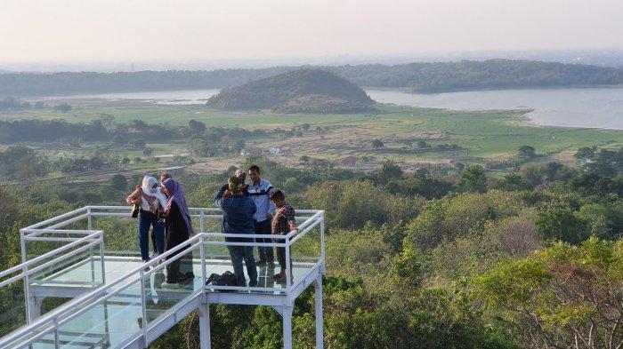 Waspadai ''Balas Dendam Wisata'', Pemprov Jabar Gelar Swab Test Acak di Destinasi Wisata