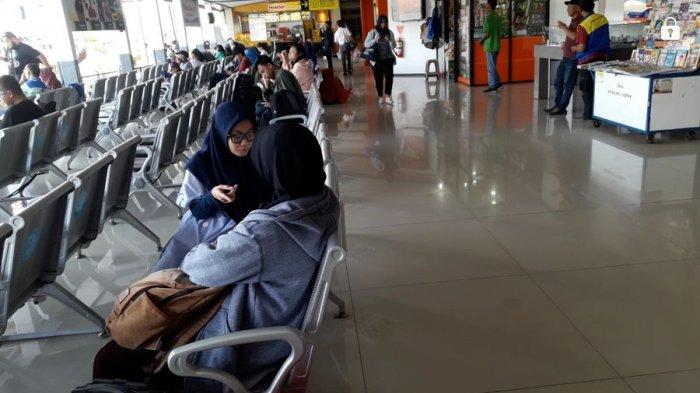 Suasana Stasiun Kereta Api Bandung, Selasa (12/6/2018).