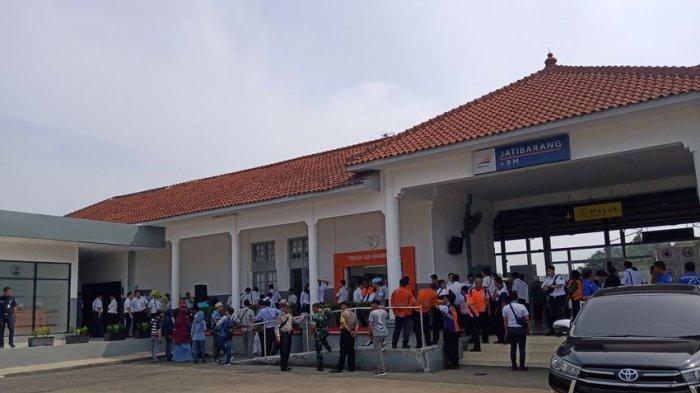Stasiun Jatibarang Indramayu Kini Tampak Cantik Seusai Ditata, Para Penumpang Jadi Lebih Nyaman
