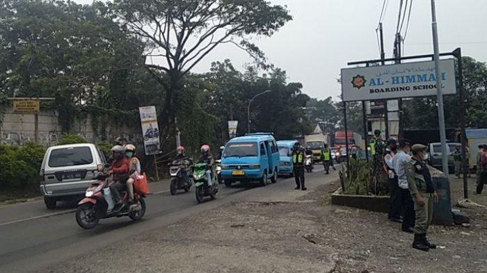 Arus Lalu Lintas di Perbatasan Sukabumi-Cianjur Terpantau Ramai pada H-5 Lebaran