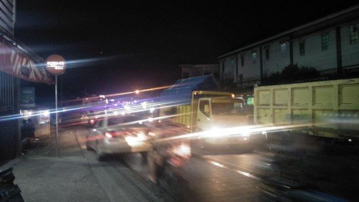Akhir Pekan Terakhir Sebelum Ramadan, Arus Lalu Lintas di Jalan Raya Sukabumi Padat Merayap