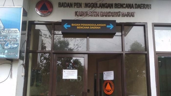 Suasana kantor Badan Penanggulangan Bencana Daerah (BPBD) Bandung Barat yang berlokasi di Jalan Raya Padalarang Cisarua, Mekarsari, Kecamatan Ngamprah, Kabupaten Bandung Barat, Selasa (9/2/2021)