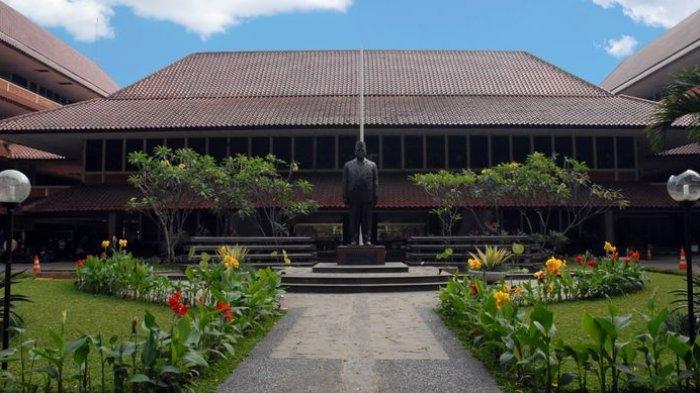 Fakultas Hukum UI Berhasil Raih Penghargaan sebagai Fakultas Hukum Terbaik di Indonesia