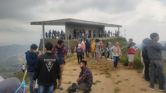 Suasana objek wisata Terasering Panyaweuyan Majalengka pada Sabtu (15/5/2021).