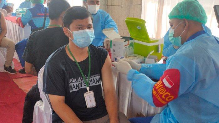 Tiga Ribu Buruh Pabrik Majalengka Antusias Ikuti Vaksinasi Covid-19