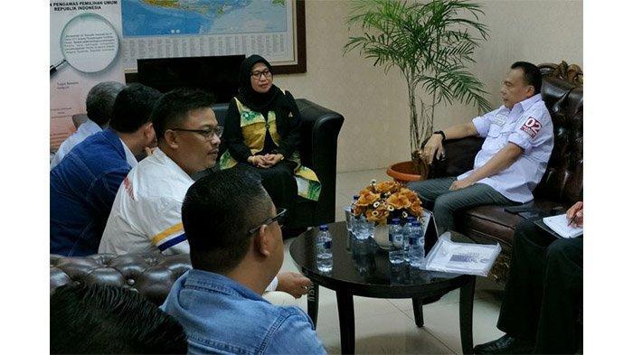BPN Prabowo-Sandiaga Laporkan KPU ke Bawaslu, Minta Situng Dihentikan
