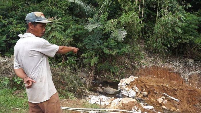 Sungai Dibendung, Warga Tenjolaya Kabupaten Bandung Protes, Dinas LH Perintahkan Bongkar