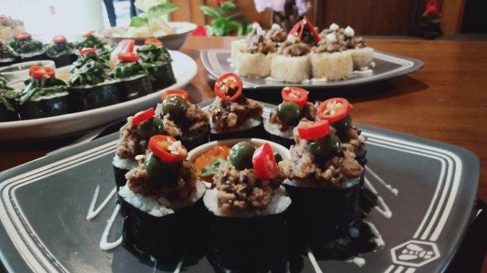 Pecinta Sushi, Nikmati Uniknya Perpaduan Sushi dengan Sayuran Khas Sunda