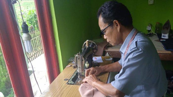 Kisah Sutardi, Lebih dari 20 Tahun Jadi Guru Honorer, Semangat Ikut Seleksi PPPK Meski Sudah Tua