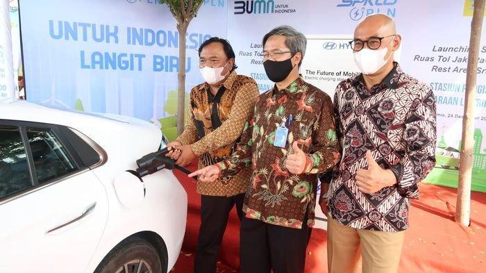 Pastikan Pengendara Mobil Listrik Nyaman, PLN Tambah 4 SPKLU di Ruas Tol Trans Jawa