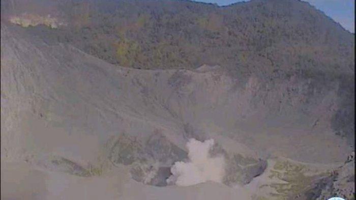 Dua Bulan Gunung Tangkubanparahu Erupsi, Pemangku Adat Minta Masyarakat Sabar dan Ikhlas